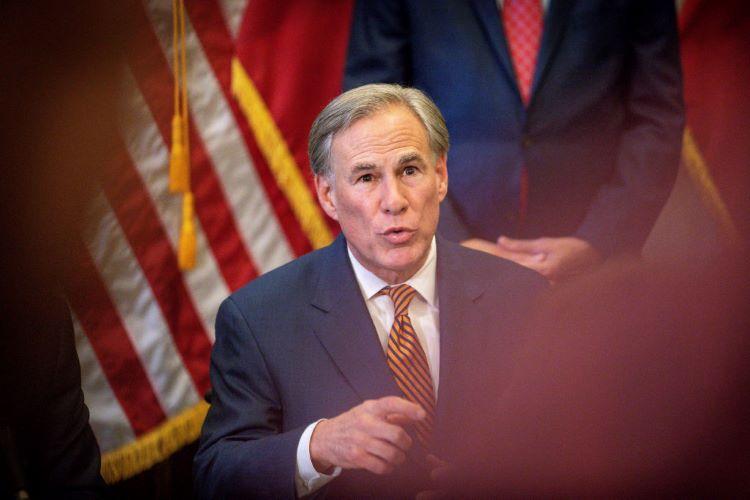 그렉 애봇 주지사가 바이든 대통령에게 텍사스 국경 위기 해소를 위한 연방 비상사태 선언을 요구했다. (사진 출처: Times News Express)