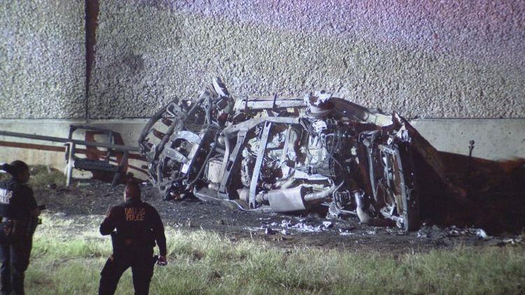 레이싱에 의한 사고로 추정되는 추돌 사고가 발생해 3명이 사망하고 2명이 부상당했다. (사진 출처: FOX4)